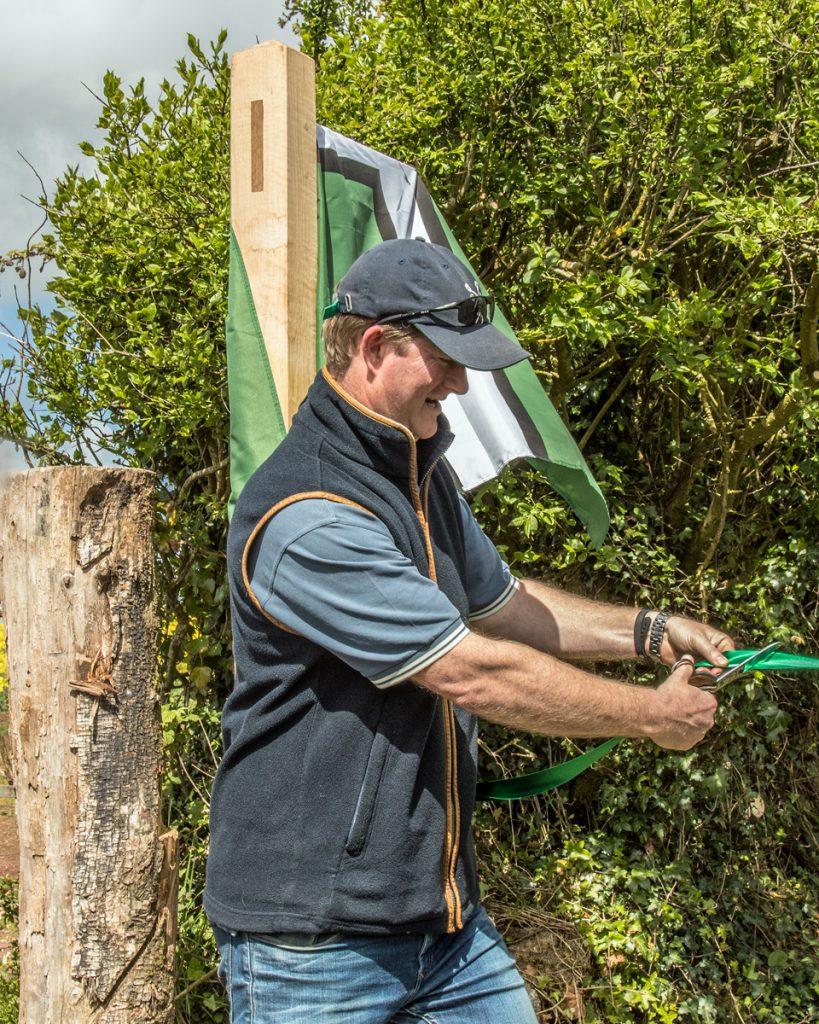 Ralph Rayner cutting the ribbon